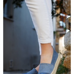 8086 JEANS